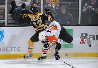 Chuck Kobasew vs Flyers